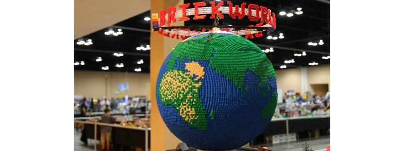 Brick World 800×300