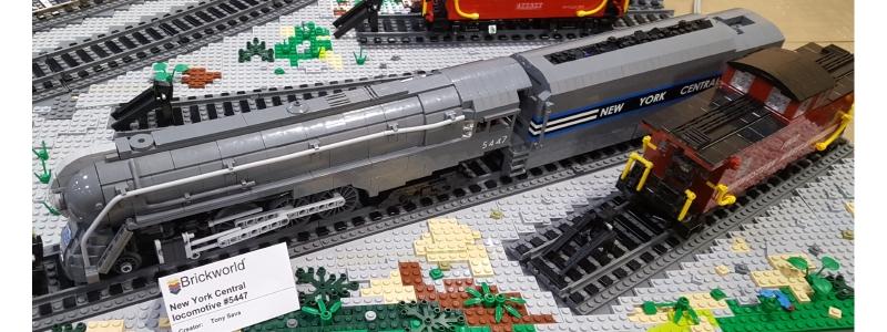 Train 800×300
